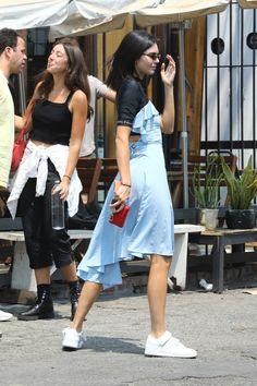 Louis Vuitton Heels, Louis Vuitton Shoes Sneakers, Baby Blue Dresses, Nice Dresses, Celebrity Dresses, Celebrity Style, Gucci New York, Vintage Versace, Red Bottoms