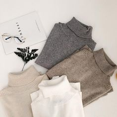 33 Fashion Ideas Source by yourfashionideas neck outfit winter Look Fashion, Korean Fashion, Winter Fashion, Fashion Outfits, Fashion Ideas, How To Have Style, Mein Style, Mode Streetwear, Clothing Photography