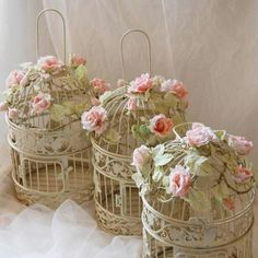 Am I too obsessed with Shabby Chic?..... Yeah, I guess. But if you are too, by all means follow this page. It's probably at least 33% of what I post.