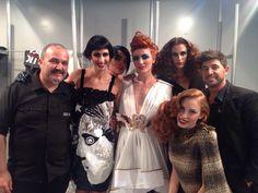Manolo y Jairo junto a las modelos RIZOS en la celebración de los 30 años de Majirel (L'Oréal) #IfemaMadrid #Octubre14 Crown, Fashion, Templates, Curls, Moda, Corona, Fashion Styles, Fashion Illustrations, Crowns