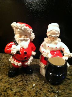 Vintage Santa and Mrs. Claus Planters