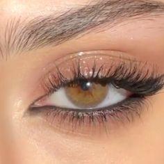 winged eyeliner beginners #makeup #eyemakeup #makeupideas Soft Eye Makeup, Edgy Makeup, Makeup Eye Looks, Eye Makeup Art, Natural Makeup Looks, Cute Makeup, Skin Makeup, Makeup Inspo, Makeup Inspiration
