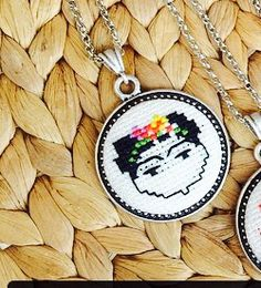 Cross stitch Frida Kahlo x-stitch