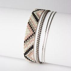 BRACELET TISSÉ PERLES MIYUKI / ARGENT, GRIS , ET NOIR / : Bracelet par tadaam-bijoux