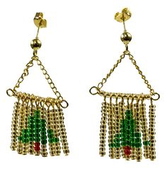 Christmas Tree Earrings - Instructions Here: http://www.primabead.com/Christmas-Tree-Earrings-P7198.aspx?source=pinterest