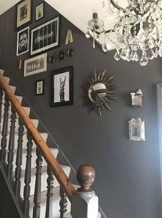 hallway decorating 435301120230790703 - An Edwardian Home With A Dose Of Cool – Real Home Tour of Claire Botha Entrance Hall Decor, House Entrance, Entrance Ideas, Hall Way Decor, Small Entrance Halls, Hallway Decorations, Entrance Design, Hall Design, Edwardian Haus