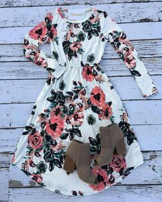 cute outfits for church Summer Outfits Style Outfits, Komplette Outfits, Skirt Outfits, Spring Outfits, Casual Outfits, Fashion Outfits, Modest Dresses, Pretty Dresses, Casual Dresses