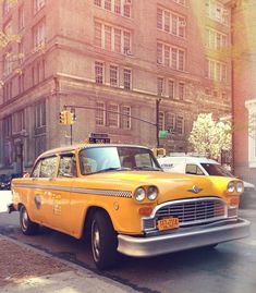 Things I Love Thursday: Press Play! I love seeing these old Checker cabs around NYC.