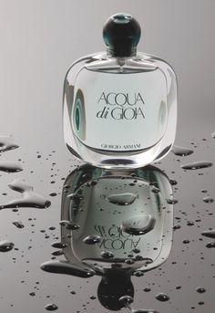 Acqua di Gioia Giorgio Armani - easily my favorite scent. a refreshing mix of florals and water