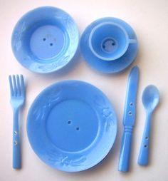 RARE Bakelite Era Dinner Ware Button Realistic Set Irwin Backmark | eBay