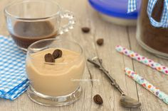 cremino al caffè Ricotta, Sweets Recipes, Finger Foods, Nutella, Mousse, Creme, Yogurt, Panna Cotta, Food And Drink
