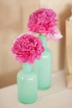 Mint mason jars and gold flowers