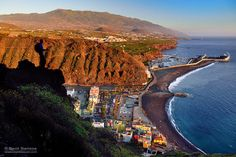 Tazacorte P. Tenerife, Canario, Beautiful Places In The World, Canary Islands, Spain Travel, Grand Canyon, Water, Outdoor, Jackson
