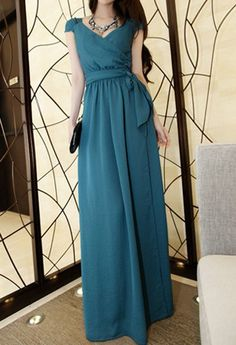 $14.76 Solid Color Casual V-Neck Front Slit Sleeveless Maxi Dress For Women