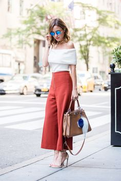 22 Stylish Outfit Ideas For The Summer - Bafbouf Cute Fashion, Look Fashion, Fashion Models, Fashion Outfits, Womens Fashion, Classy Outfits, Stylish Outfits, Cool Outfits, French Capsule Wardrobe