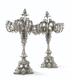 Paire de très grands chandeliers à huit lumières en argent, probablement Europe de l'Est ou Moyen-Orient, moderne | Lot | Sotheby's