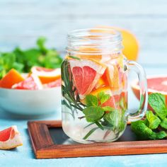 """Back with hydration!!! You knew it was coming!!! Please read my post about the importance of hydration and discover a cute infographics under the post """"FUN WATERS"""" with lost of ideas to make fun waters! . . #infusedwater #infusedwaters #hydrovegan #detoxwater #detox #healthyfood #refreshingdrink #happywater #vegandrinks #whatvegansdrink #summervibes #weekend #sunnyday #hydrate #plantbased #drinkmorewater #happiness #clean #love #thirsty #coldandrefreshing"""