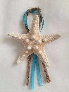 Set of 5 : Men's Knobby Starfish Boutonnieres, beach wedding, nautical  by SeaToLandDesigns on Etsy https://www.etsy.com/listing/221557363/set-of-5-mens-knobby-starfish