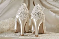 Womens Wedding Shoes Wedding ShoesVintage Lace by Pink2Blue