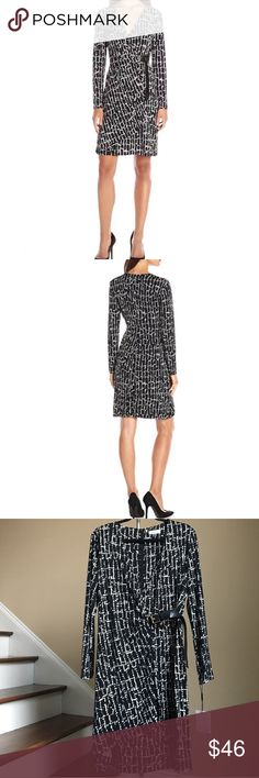 Calvin Klein Long Sleeve Dress Beautiful and stylish long sleeve, side ruched, wrap-inspired dress with buckle detail. Comes in a bold blackand white print on a stretch poly fabrication. 95% Polyester, 5% Spandex. 🚨Price firm, unless bundled!🚨 Calvin Klein Dresses Long Sleeve