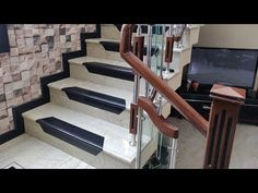 Stairs Tiles Design, Staircase Design Modern, Floor Design, House Front Wall Design, House Main Gates Design, Gate Design, Wooden Staircase Railing, Stair Railing Design, Smart Home Design