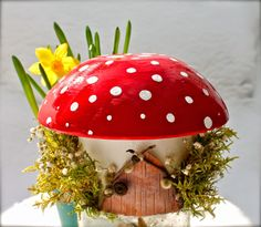 Twig and Toadstool: Toadstool Fairy House Hobbies And Crafts, Crafts For Kids, Mushroom Crafts, Mushroom Ideas, All Things Cute, Diy Things, Nature Table, Beautiful Fairies, Gnome House