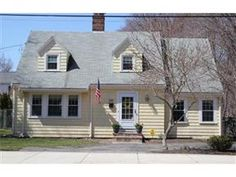 586 Washington Street, Winchester - Beautiful, updated Cape in the Muraco School District.  Welcome to Winchester!