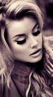 Eye liner N brows ♡