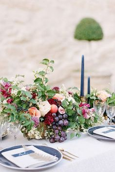 Wedding Flower Decoration 20 Best Wedding Flower Centerpiece Ideas - Rustic and Modern Table Centerpieces - These rustic and modern ideas will inspire you to think outside the box. Fruit Centerpieces, Wedding Table Centerpieces, Wedding Flower Arrangements, Wedding Decorations, Table Decorations, Centerpiece Flowers, Fruit Arrangements, Centrepieces, Fruit Wedding