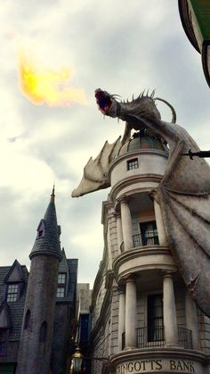 Blog opening week at diagon alley gringotts bank escape from hogwarts dragons train your dragon kite dragon ccuart Gallery