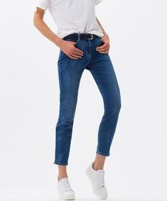 Collection of casual trousers and clothing from Germany Shakira, Sun, Lady, Jeans, Fashion, Sportswear, Fall Winter, Moda, Fasion