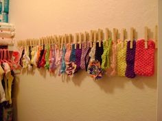 DIY Headband and Flower Clip Holder by The Scacchi House