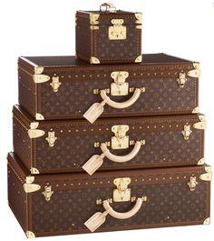 Louis Vitton Luggage Set