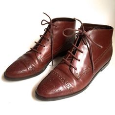 SIZE 8 Brown Leather Vintage Ankle Boots Lace UP by VintageCommon