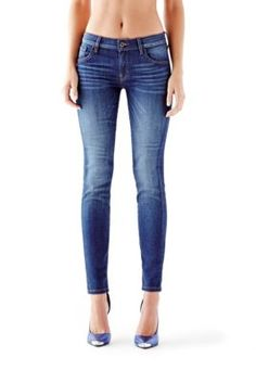 Mid-Rise Power Curvy Jeans in Reller Wash | GUESS.com