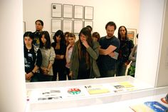 alumnos del GS de ilustración visitan las exposiciones del archivo Lafuente en Santander Coat, Jackets, Fashion, Filing Cabinets, Computer File, Exhibitions, Down Jackets, Moda, Sewing Coat