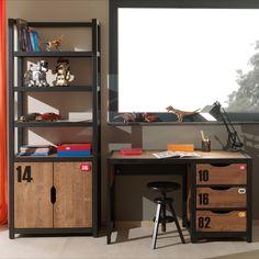 Το Γραφείο Alex μπορεί ακόμα και μεμονωμένο να δώσει ένα ξεχωριστό Industrial χαρακτήρα στο δωμάτιο. Industrial Style Desk, Rustic Industrial, Industrial Design, Alex Desk, Deco Addict, Kid Desk, Best Pens, Solid Pine, Wow Products