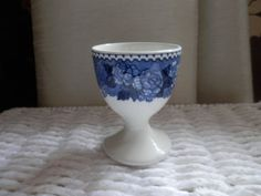 Collectable Egg Cup op Etsy, 4,80 €