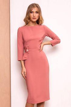 Rochie midi dreapta roz pudrat eleganta de ocazie cu funda, fara decolteu