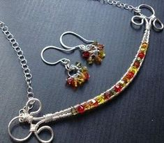 Beaded wire, bar shaped pendant. Easy wire project. #Wire #Jewelry #Tutorials