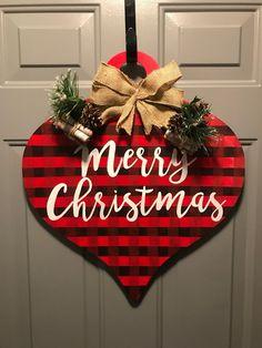 Merry Christmas Door Hanger – Buffalo Plaid Source by etsy Christmas Gift Tags, Christmas Signs, Rustic Christmas, Christmas Projects, Handmade Christmas, Holiday Crafts, Christmas Holidays, Merry Christmas, Christmas Island