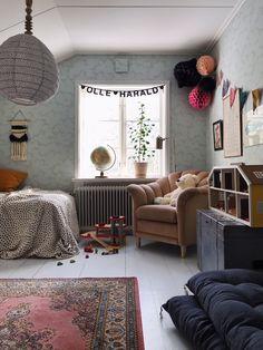 my scandinavian home: An Eclectic Century Swedish House Home Bedroom, Kids Bedroom, Creative Kids Rooms, Swedish House, Little Girl Rooms, Scandinavian Home, Kids House, Boy Room, Room Inspiration