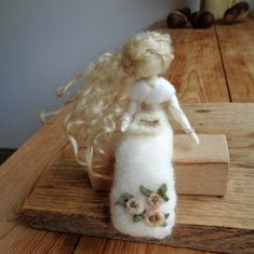 Klárčiny doplňky | Fler.cz Wet Felting, Needle Felting, Fairy Dolls, Beautiful Dolls, Christmas Stockings, Fate, Sewing, Holiday Decor, Fairies