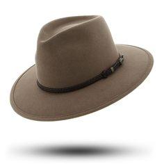 Akbar traveller bran hat 7 Pieces Every Sydney Girl Will Wear This Summer via @WhoWhatWearAU