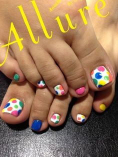 Fun bright dot toes! #toes #mani #multicolored