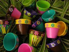 Painted Flower Pots Small Flower Pots by HappyMooseGardenArt Flower Pot Art, Small Flower Pots, Flower Pot Crafts, Clay Pot Projects, Clay Pot Crafts, Painted Plant Pots, Painted Flower Pots, Pots D'argile, Clay Pots