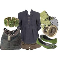I love navy and green together, and the length of the sleeves on this shirt is perfect.