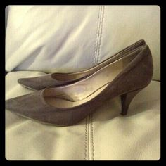 9west taupe suede shoes! Taupe faux suede shoes worn a few times good condition Nine West Shoes Heels