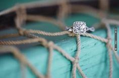 beachy ring shot, Natalie Franke Photography   VIA #WEDDINGPINS.NET