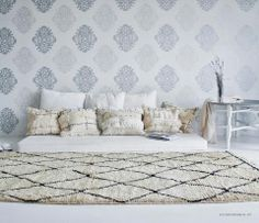 Maison Malou LOVES the Ben Ouarain rugs and the Handira blankets!! You can find it at www.ByMalou.no